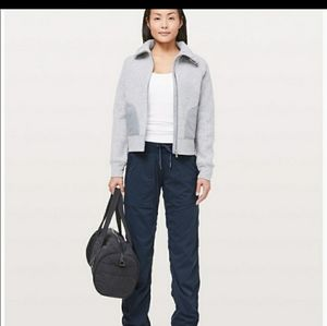 Lululemon dance studio lined navy pants size 6